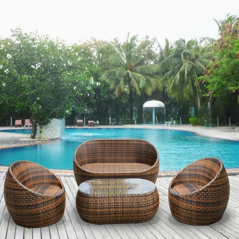 Bộ bàn ghế hồ bơi ngoài trời