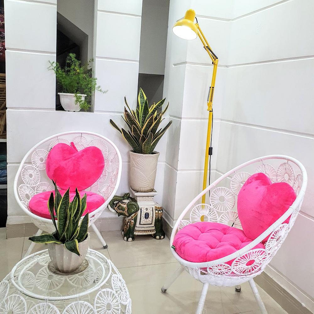 Bộ bàn ghế sân vườn ( trắng + màu nệm tự chọn)