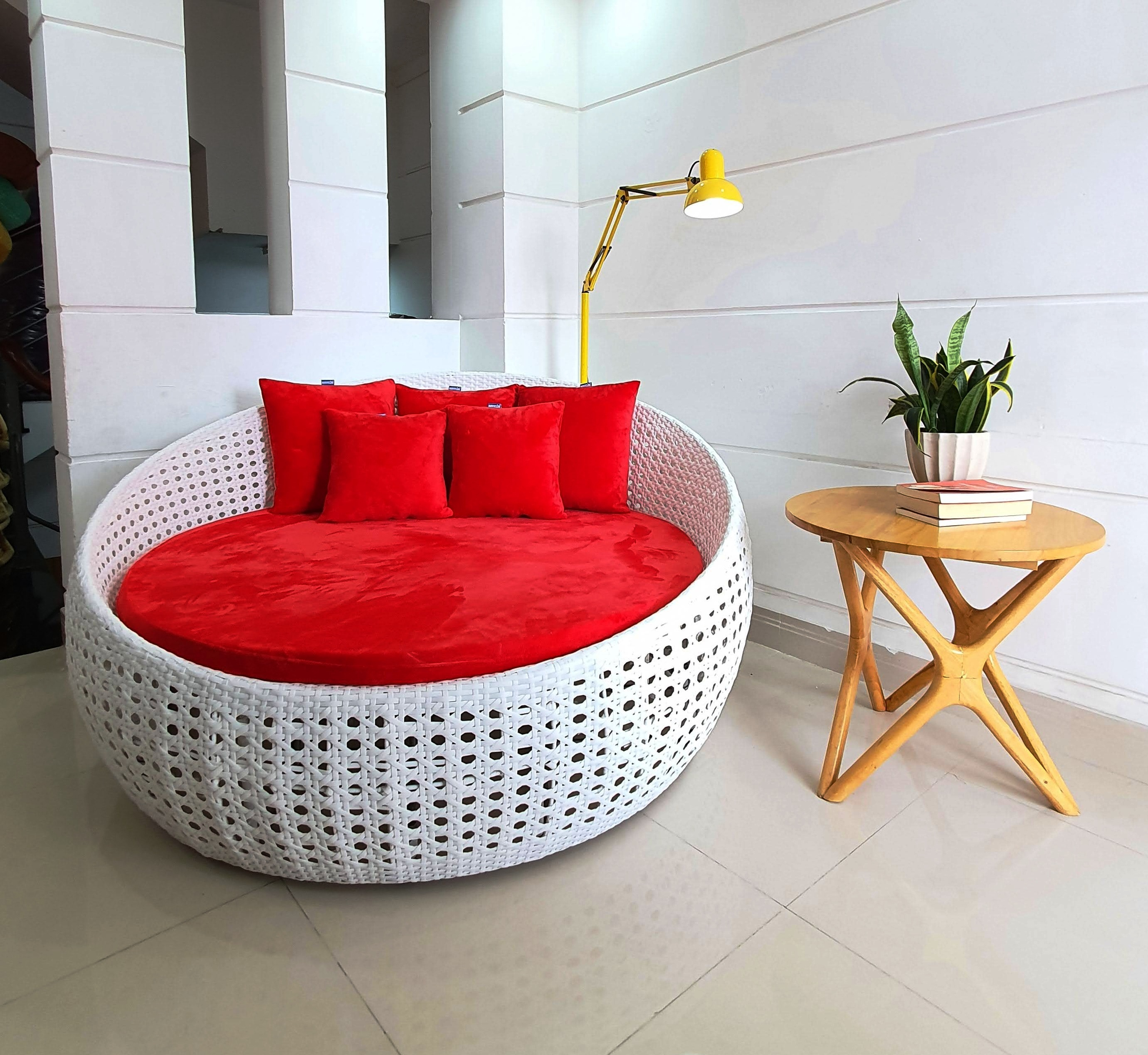 Sofa giường phòng khách - sân vườn - hồ bơi
