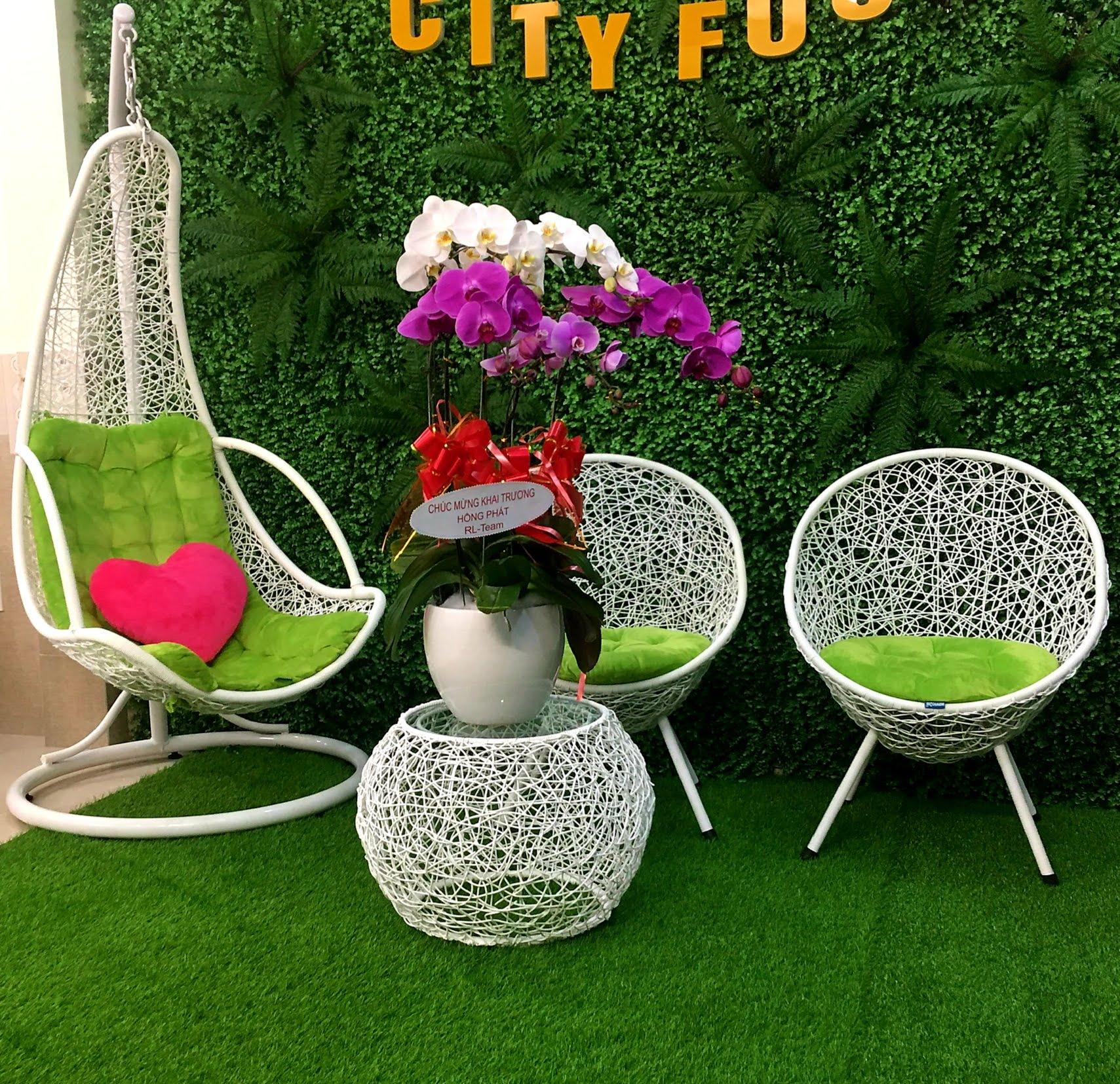 Bộ bàn ghế sân vườn + xích đu N5