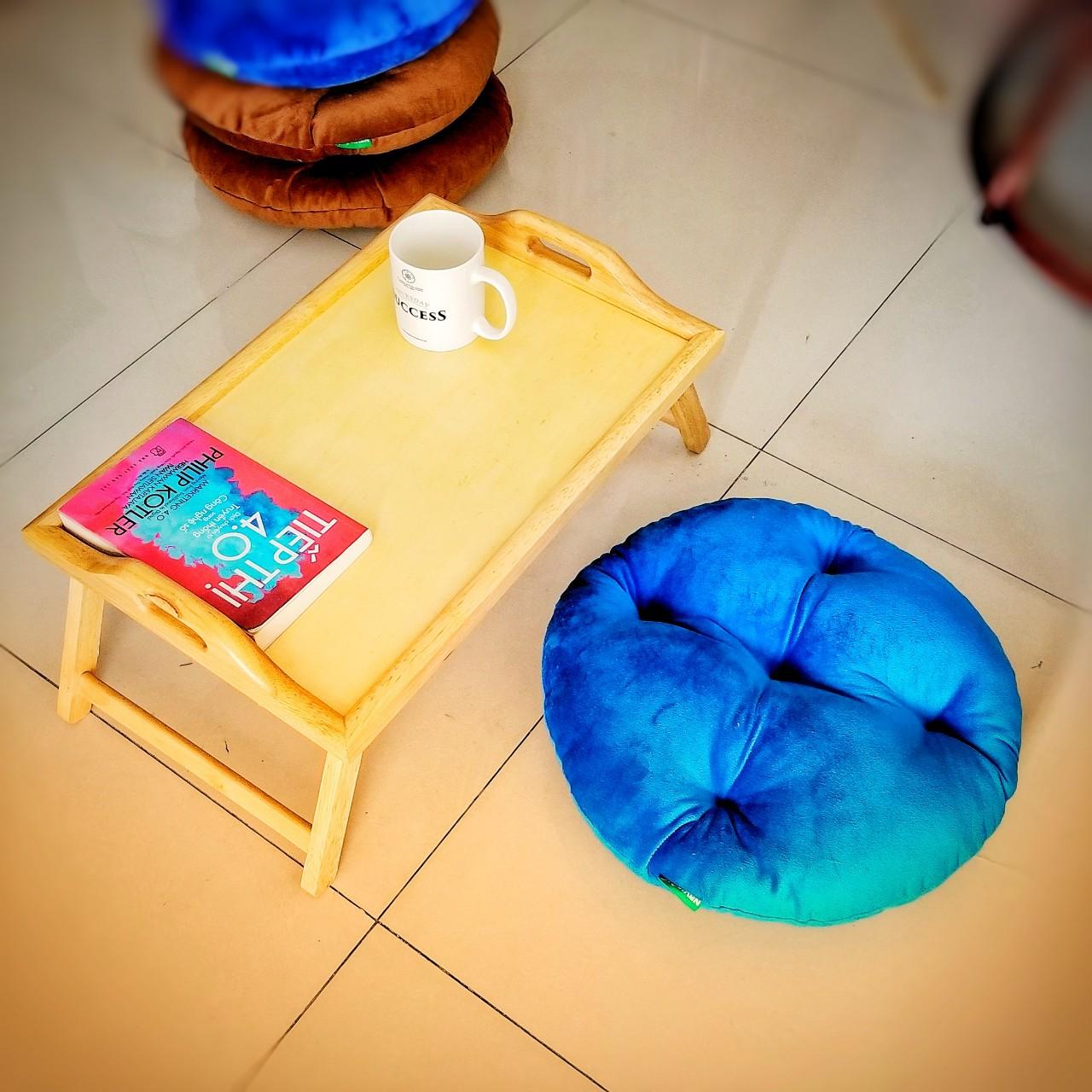 Bàn trà - bàn ăn + gồi ngồi bệt